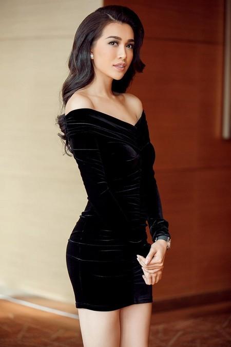 Á hậu Lệ Hằng khoe vóc dáng hoàn hảo trước thềm Miss Universe ảnh 3