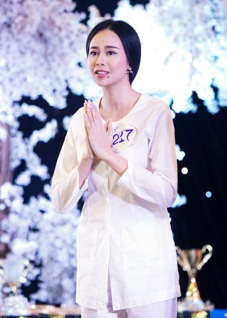 Diễn viên người mẫu Sella Trương bất ngờ đăng quang Hoa hậu điện ảnh