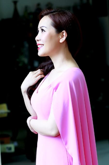 """Nữ hoàng doanh nhân Kim Chi: """"Yếu tố con người luôn được đặt trên lợi nhuận"""""""