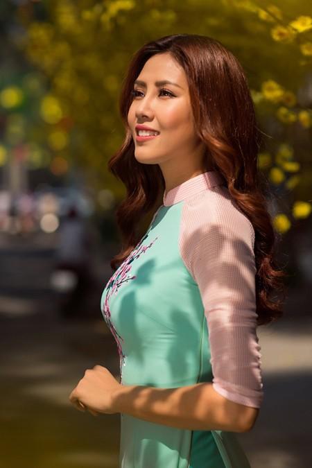 """Hoa hậu biển Nguyễn Thị Loan sẽ mở """"lò luyện người đẹp"""" ảnh 3"""
