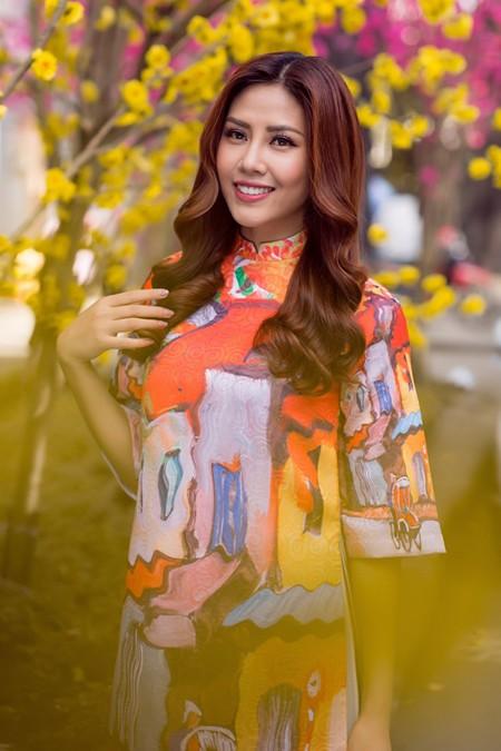 """Hoa hậu biển Nguyễn Thị Loan sẽ mở """"lò luyện người đẹp"""" ảnh 7"""