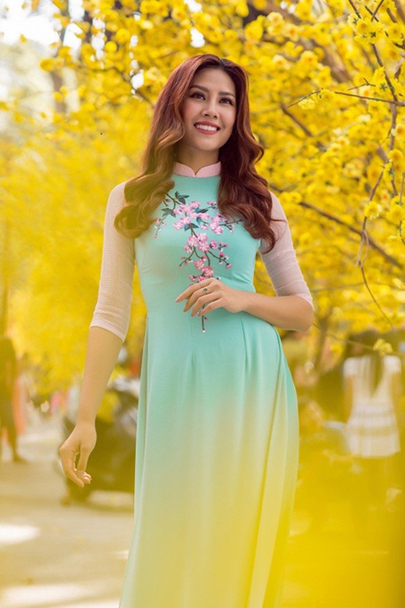 """Hoa hậu biển Nguyễn Thị Loan sẽ mở """"lò luyện người đẹp"""" ảnh 4"""