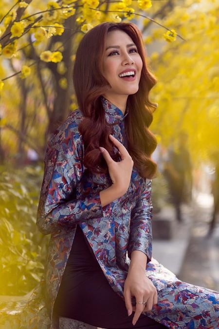 """Hoa hậu biển Nguyễn Thị Loan sẽ mở """"lò luyện người đẹp"""" ảnh 2"""