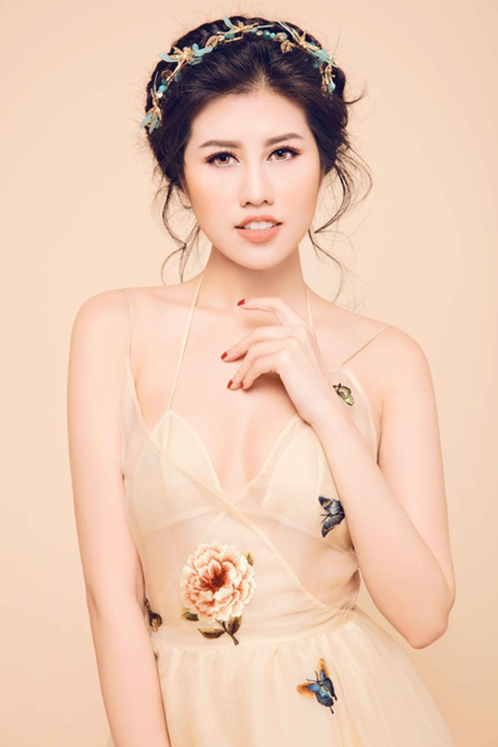 Nhan sắc mê hoặc của Top 9 Hoa hậu Du lịch quốc tế Emily Hồng Nhung ảnh 6