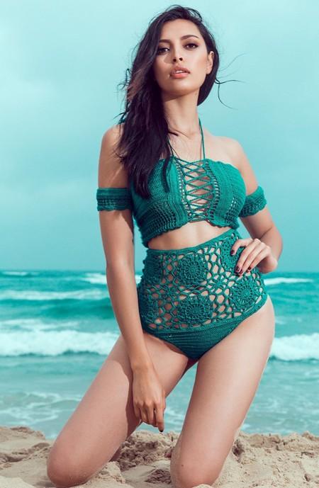 Siêu mẫu Hà Anh diện bikini đọ dáng với Hoa hậu Miss Global ảnh 3