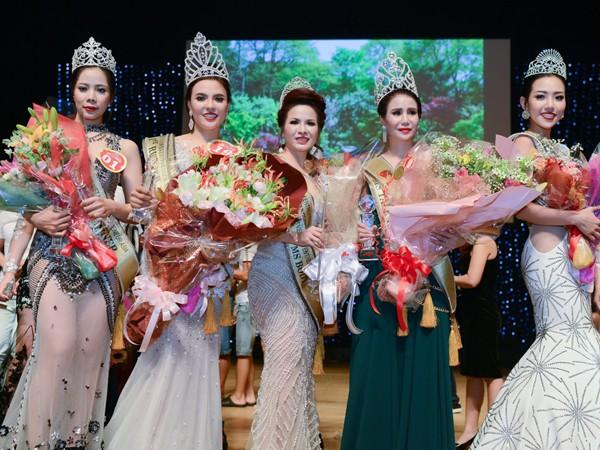 Những nữ doanh nhân Việt tài sắc của Hoa hậu Doanh nhân Người Việt Châu Á 2016.
