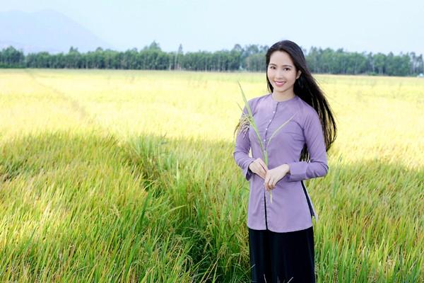 """Ngỡ ngàng với hình ảnh """"chân quê"""" của Hoa hậu Dương Kim Ánh ảnh 3"""