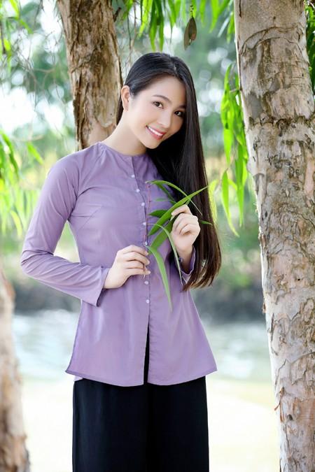 """Ngỡ ngàng với hình ảnh """"chân quê"""" của Hoa hậu Dương Kim Ánh ảnh 1"""