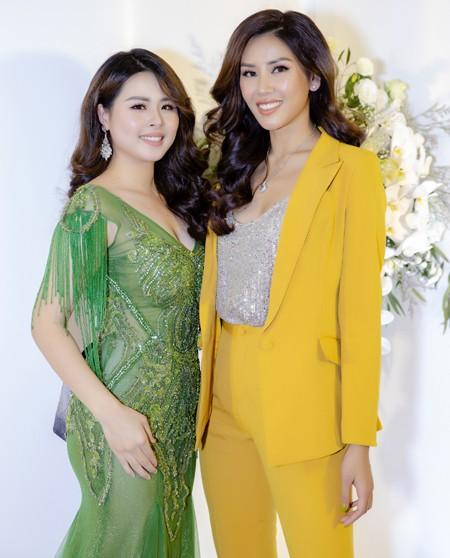 Á hậu Nguyễn Thị Loan hội ngộ dàn người đẹp tại Hà Nội