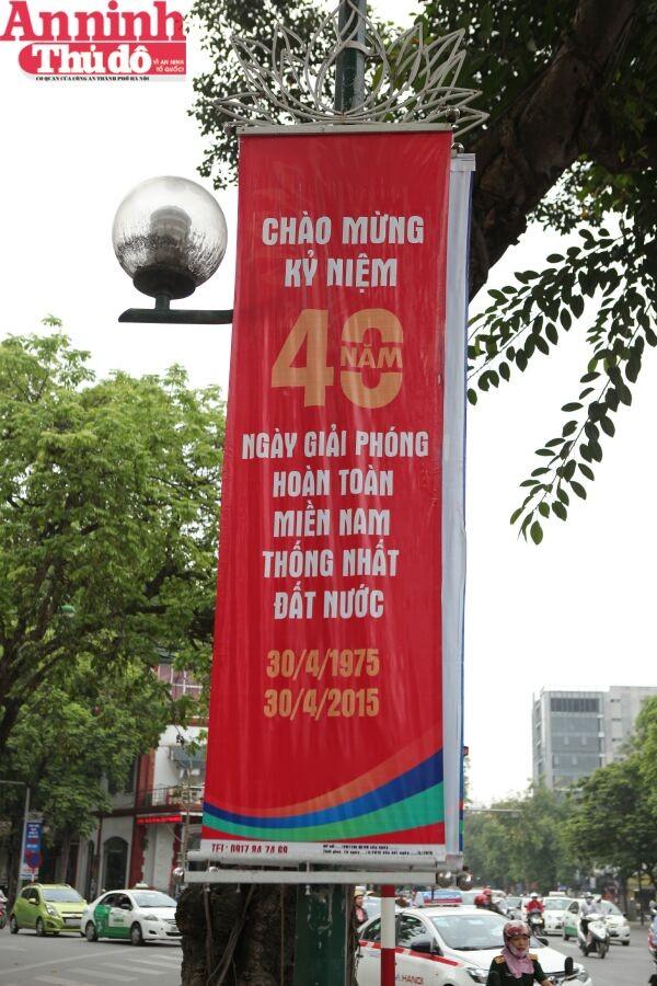 Thú vị những hình ảnh Thủ đô chuẩn bị cho lễ kỷ niệm 30/4 ảnh 14