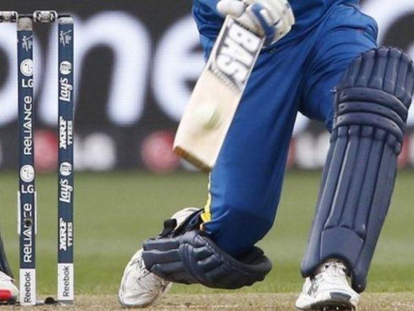 Tuyển thủ nữ cricket Sri Lanka muốn giữ vị trí thì phải đổi bằng... tình dục chứ không chỉ là tài năng