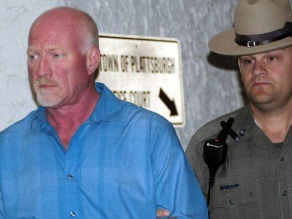 Nhân viên nhà tù Palmer bị bắt với cáo buộc hỗ trợ tù nhân vượt ngục