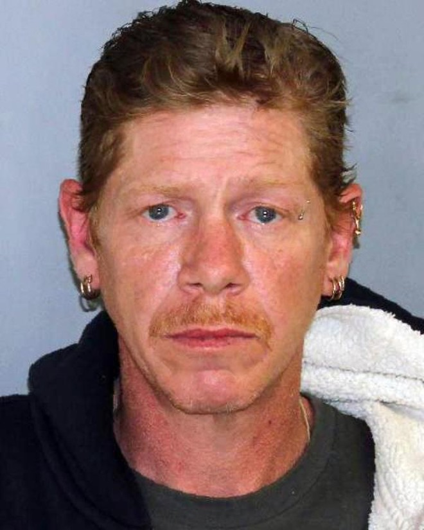 Chân dung nghi phạm Charles Cole