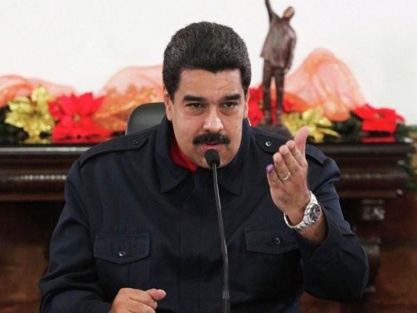 """Tổng thống Venezuela """"học"""" Cuba làm lành với Mỹ, trong bối cảnh phải đối mặt với làn sóng chỉ trích và khủng hoảng mạnh mẽ trong nước"""