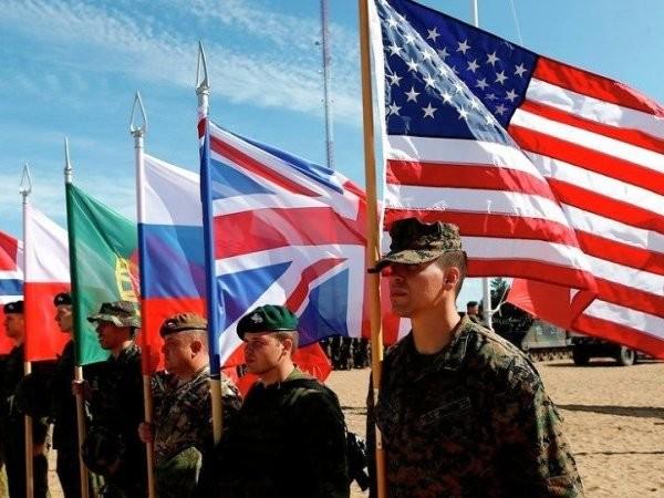 """Việc NATO triển khai quân """"đông chưa từng có"""" tới sát biên giới Nga đang gây ra nhiều tranh cãi"""