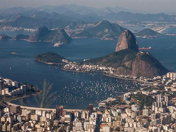 Người dân Brazil đang sống trong những tháng ngày vật lộn với khủng hoảng