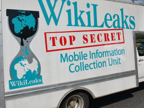 """WikiLeaks: Vụ tấn công Nice sẽ không nghiêm trọng nếu như... tồn tại một chiếc """"công tắc động cơ"""""""