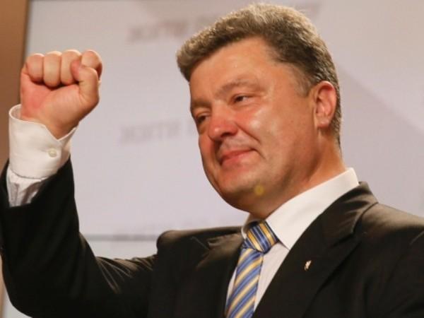Ông Poroshenko hy vọng NATO rồi sẽ... chấp nhận Ukraine