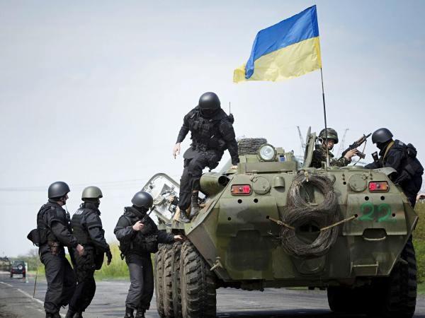 """Quân đội Ukraine sẽ """"lên trình"""" đáng kể sau thỏa thuận hợp tác với Mỹ?"""