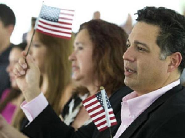 """""""Miền đất hứa"""" Mỹ phải đối phó với nhiều trường hợp gian lận để mong nhập quốc tịch"""