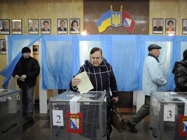 """Tổ chức bầu cử trên đất Crimea, Nga tiếp tục """"trêu ngươi"""" Ukraine và đồng minh"""