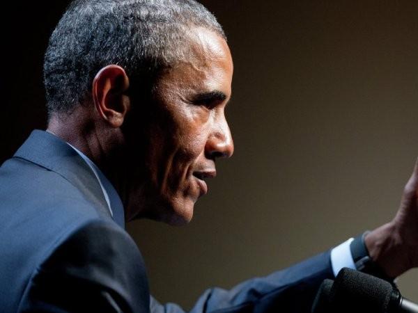 """Tổng thống Mỹ đã phải """"cứu"""" chính phủ trong thời gian cuối cùng làm ông chủ Nhà Trắng"""