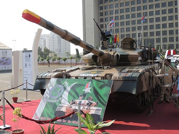 Mẫu xe tăng Al-Khalid