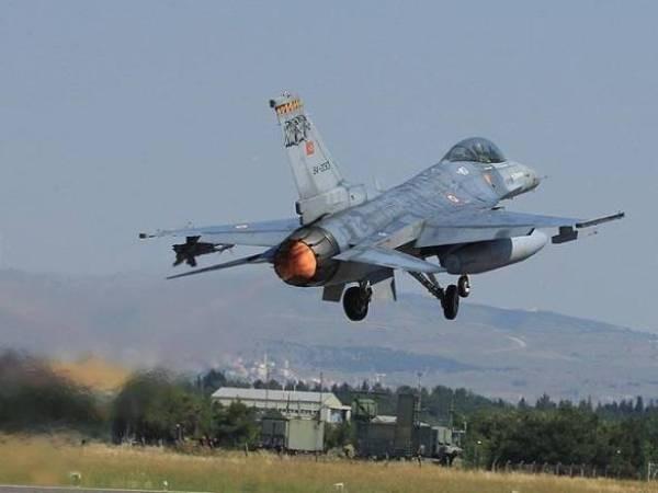 Nga – Thổ hợp sức ném bom xuống Al-Bab, diệt IS ảnh 1