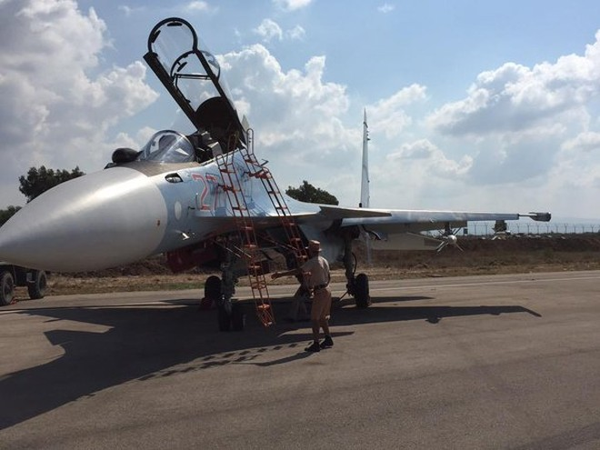 Nga bác bỏ mọi cáo buộc đe dọa máy bay chiến đấu của Mỹ ở Syria ảnh 1
