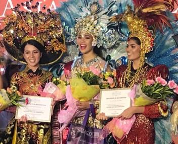 Với phần thể hiện xuất sắc, người đẹp cao 1,65m, số đo 84-60-89 đã ẵm danh hiệu Á quân trong phần thi trang phục truyền thống.