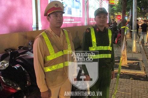 Tổ công tác Y22/141 tập trung cao độ khi xử lý các trường hợp vi phạm ở khu vực trung tâm thành phố