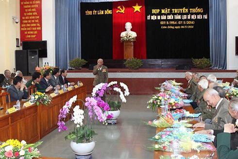 Cựu chiến binh Đại đoàn 351 Dương Xuân Thúy phát biểu tại Hội thảo khoa học kỷ niệm 60 năm Chiến thắng Điện Biên Phủ do Tỉnh ủy Lâm Đồng tổ chức