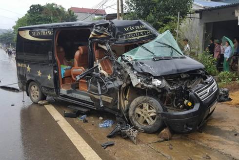 Cái kết buồn của một chiếc xe chở khách liên tỉnh