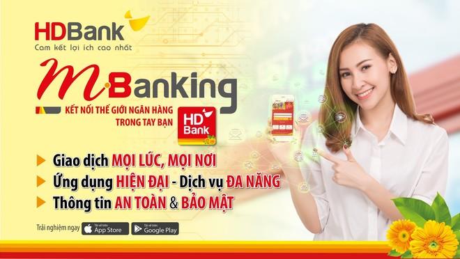 Ứng dụng di động HDBank mBanking giúp người dùng thao tác nhiều tính năng, giao dịch hoàn toàn trên thiết bị di động