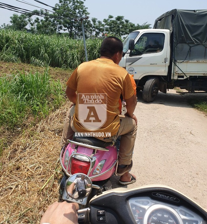 Tổ Cảnh sát Hình sự Đặc nhiệm của Công an Hà Nội hóa trang truy bắt Đỗ Văn Bình