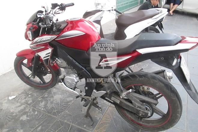 Chiếc xe máy mà đối tượng sử dụng khi bị phát hiện hành vi nghi vấn