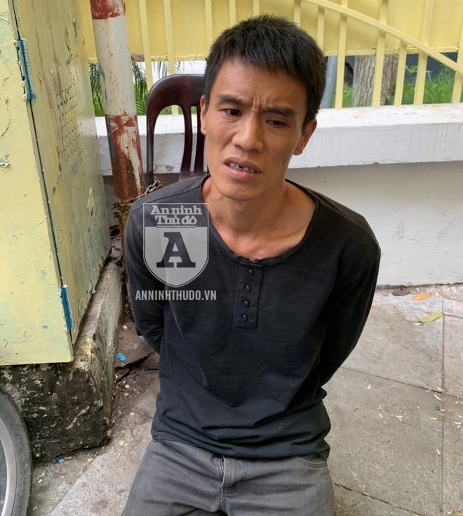 Đối tượng giấu ma túy đã có hành vi vùng vằng, không cho Cảnh sát 141 kiểm tra hành chính