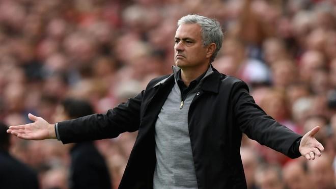"""""""Người đặc biệt"""" Mourinho vẫn luôn đặc biệt như những gì ông đã thể hiện"""