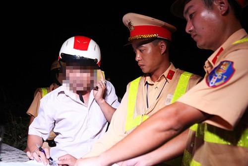 Việc phạt nặng lái xe điều khiển phương tiện có nồng độ cồn trong cơ thể đã được đông đảo dư luận ủng hộ