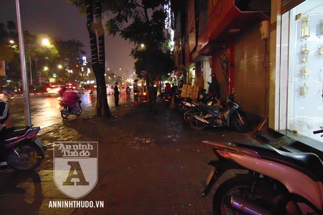 Sự tích cực, chủ động của lực lượng Cảnh sát trật tự giúp cho tuyến phố gọn gàng, ngăn nắp