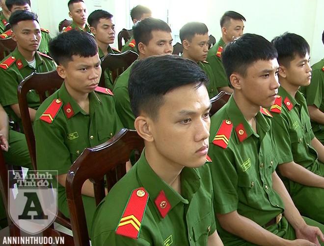 Các chiến sĩ nghĩa vụ tham gia khóa huấn luyện