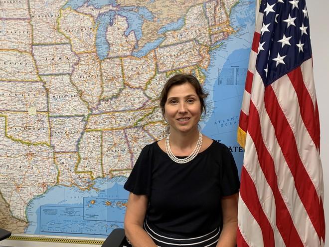Bà Pam DeVolder - Tham tán Thông tin - Văn hóa, Phòng Thông tin - Văn hóa thuộc Đại sứ quán Hoa Kỳ