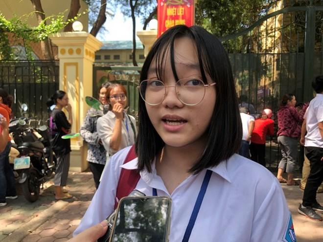 Thí sinh Lê Vũ Ngân Hà nhận định đề thi Ngữ văn năm nay không đánh đố thí sinh