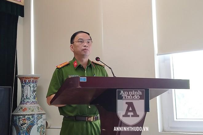 Thượng tá Nguyễn Tuấn Tùng bày tỏ lời cảm ơn gửi tới các thương binh và thân nhân liệt sỹ