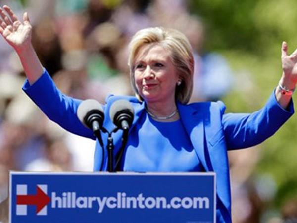 Bà Hillary Clinton gặp gỡ cử tri New York hôm 13-6