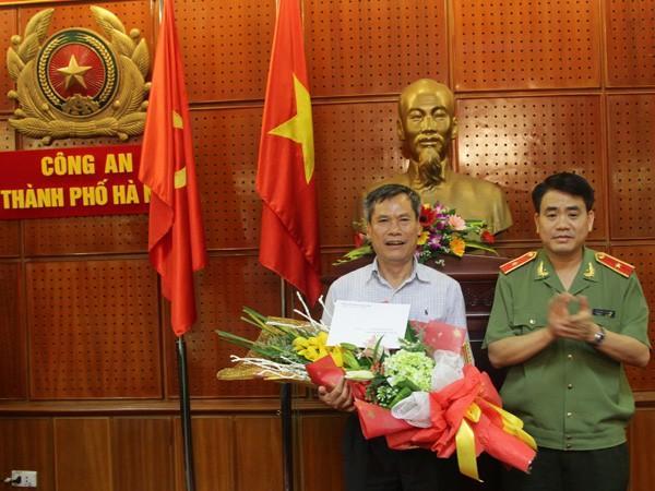 Công an Hà Nội vinh dự tổ chức Đại hội Đảng bộ điểm của thành phố ảnh 2