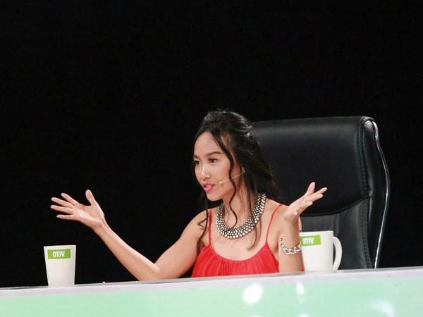 Đoan Trang nhận lời mời ngồi trên ghế nóng vì đêm thi này chủ đề hát về dòng nhạc sở trường của cô