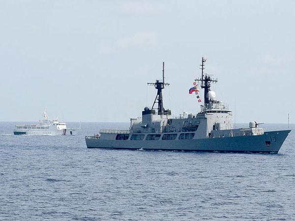 Tàu chiến BRP Gregorio del Pilar của hải quân Philippines. Năm 2016, Philippines sẽ mua thêm 2 tàu chiến