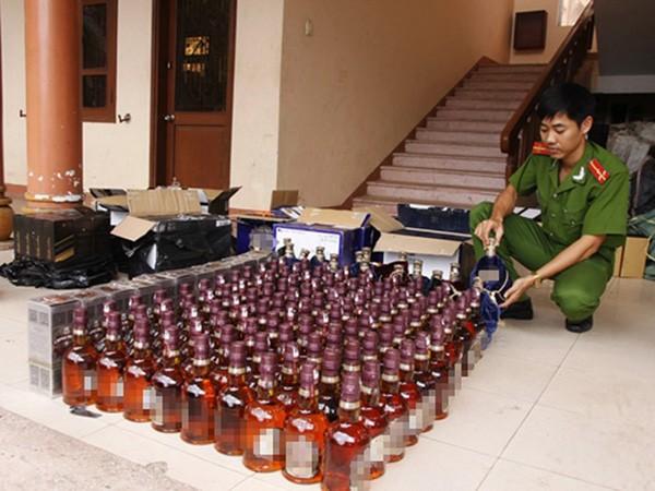 Rượu ngoại nhập lậu các loại bị phát hiện