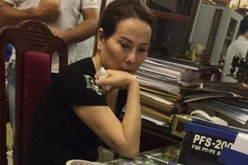 """""""Bà trùm"""" Nguyễn Thị Hồng Hải tại cơ quan công an"""